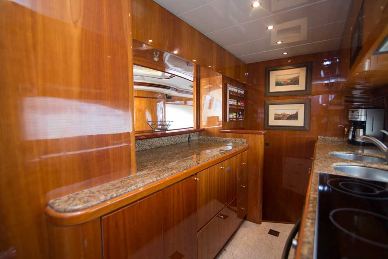 Galley 2001 AZIMUT  Motor Yacht 2845159