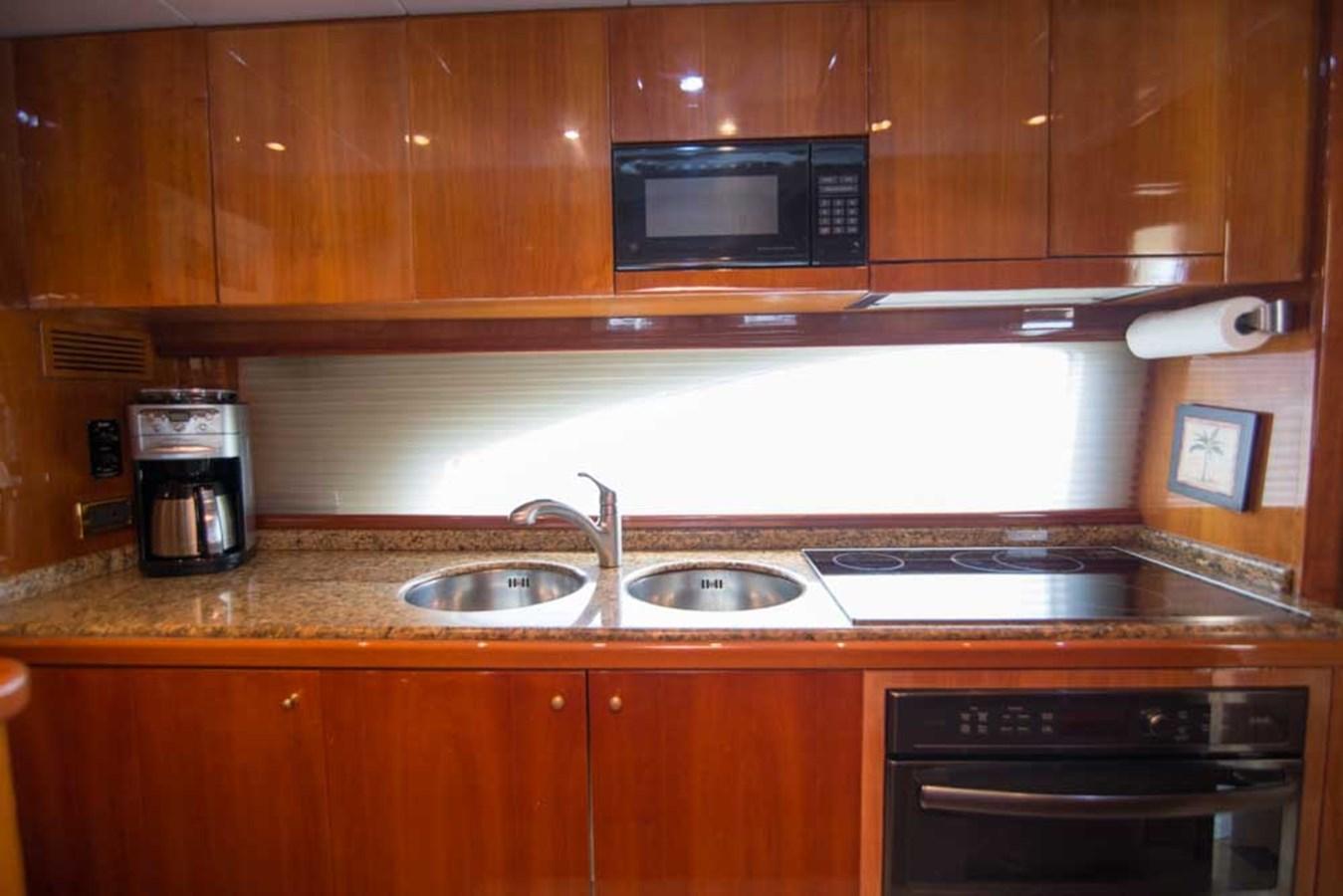 Galley 2001 AZIMUT  Motor Yacht 2845161