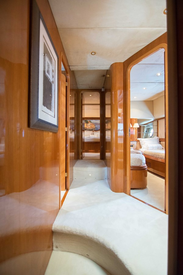 Master Stateroom Companionway 2001 AZIMUT  Motor Yacht 2845168