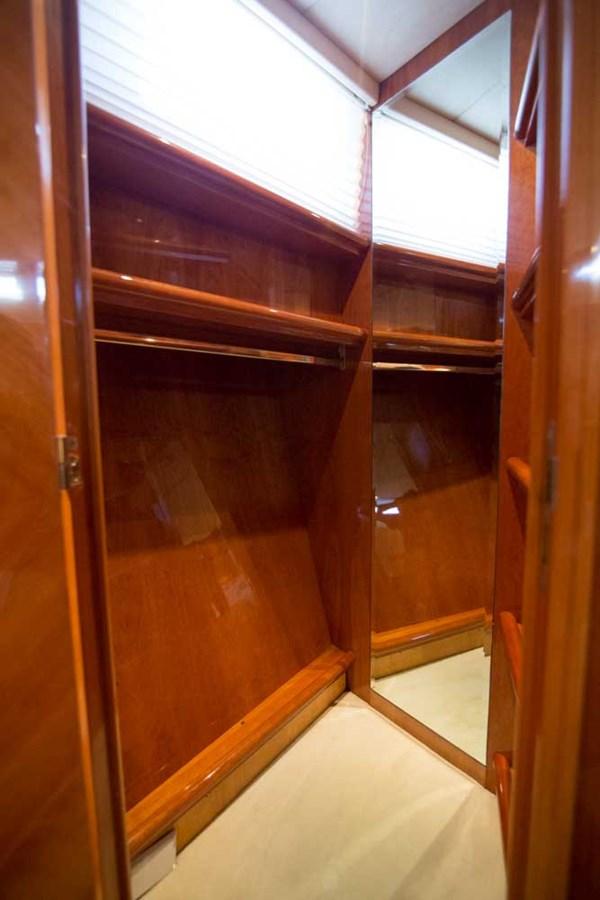 VIP Stateroom Closet 2001 AZIMUT  Motor Yacht 2845202