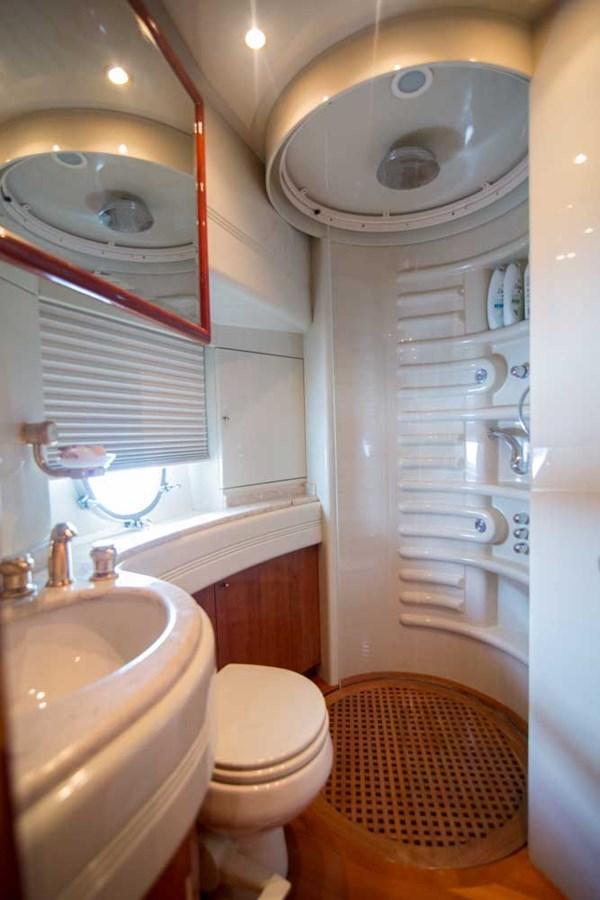 Starboard Guest Stateroom Head 2001 AZIMUT  Motor Yacht 2845214