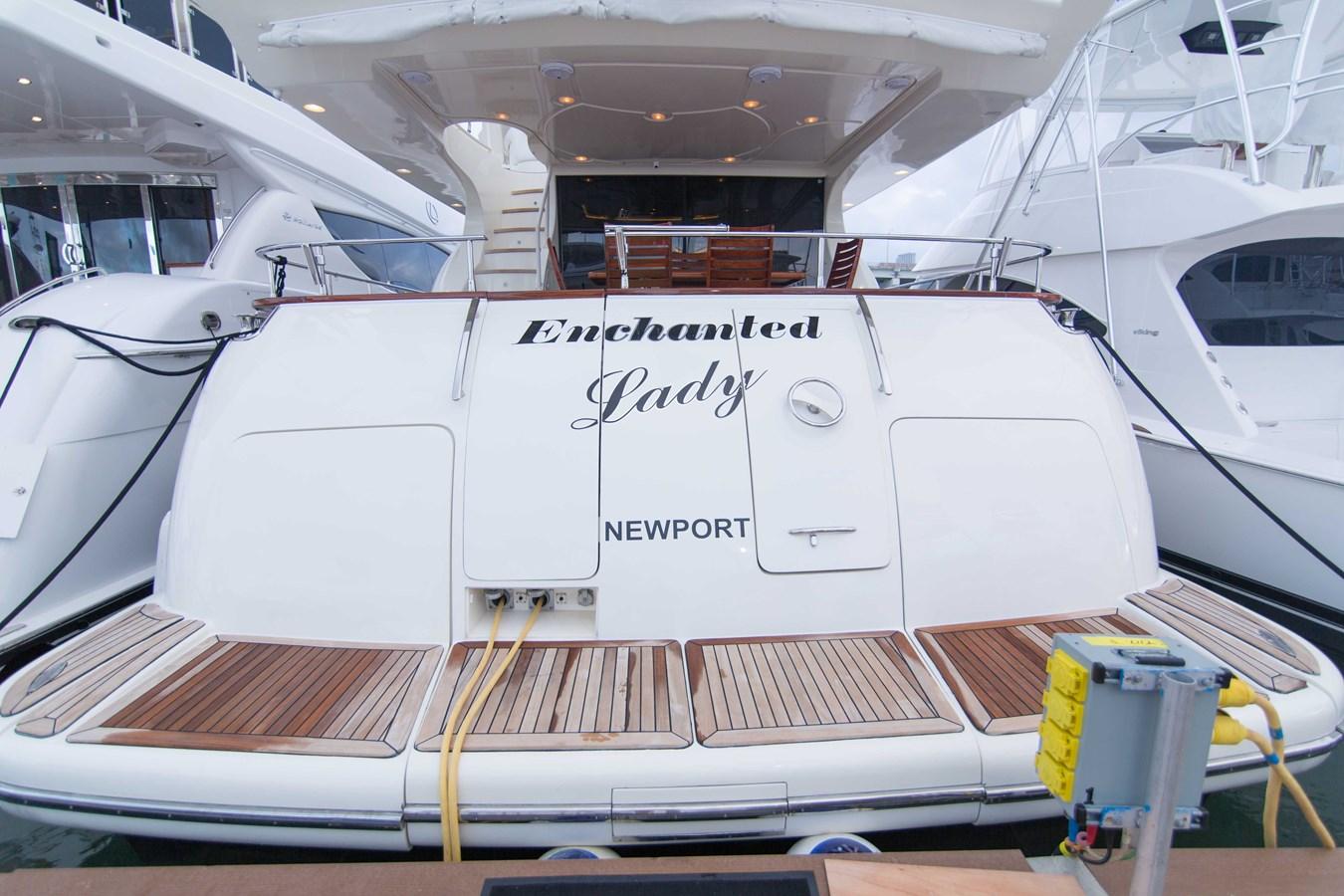 Transom 2001 AZIMUT  Motor Yacht 2845219