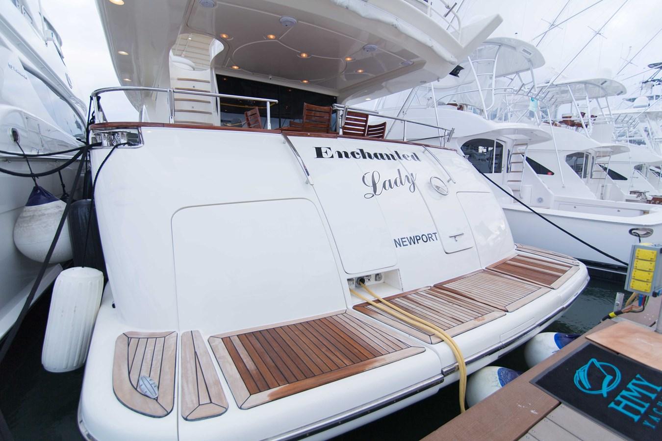 Transom 2001 AZIMUT  Motor Yacht 2845220