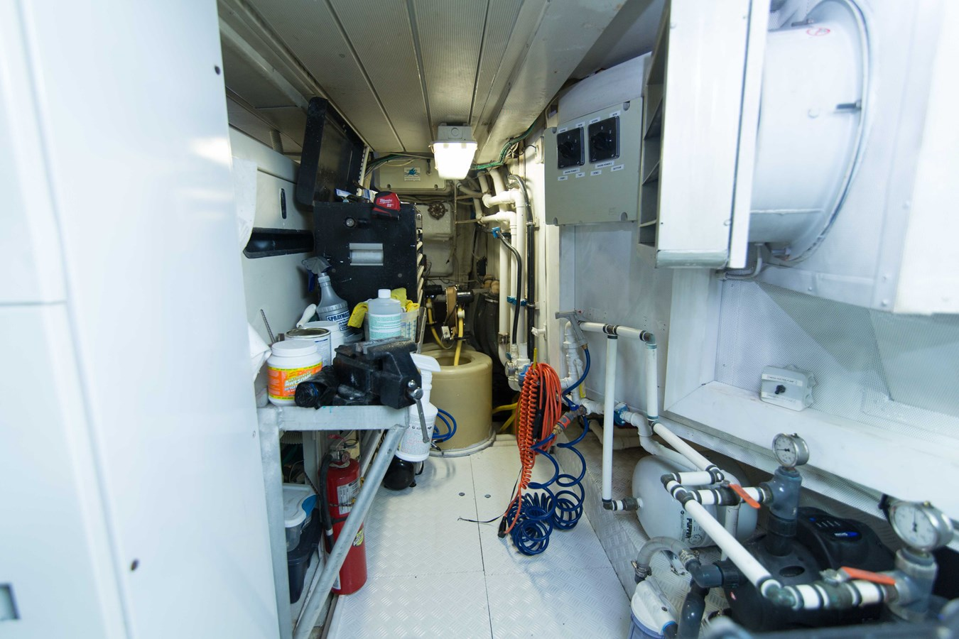 Engine Room 2001 AZIMUT  Motor Yacht 2845274