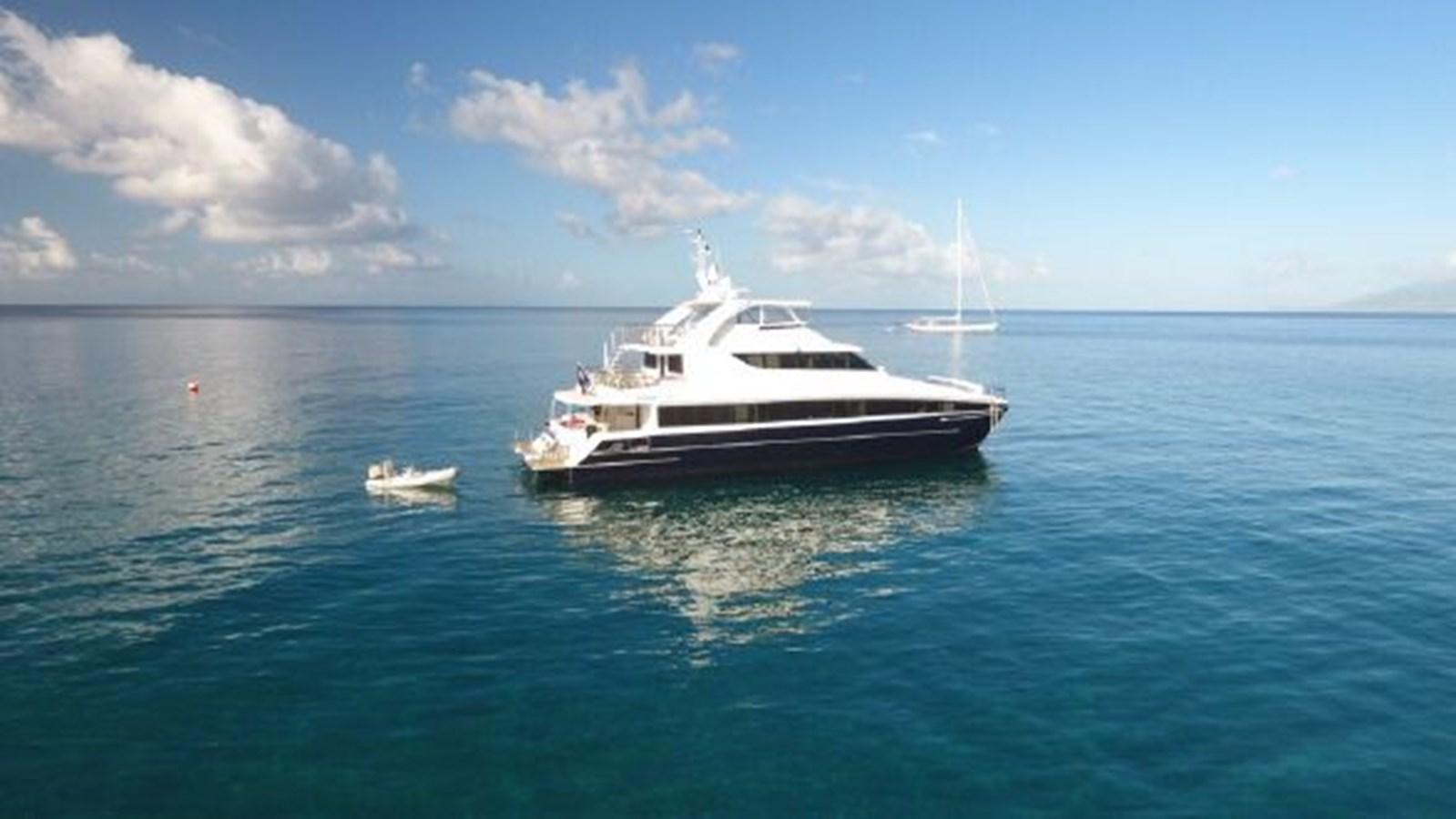 2004 SABRE YACHTS  Catamaran 2845909
