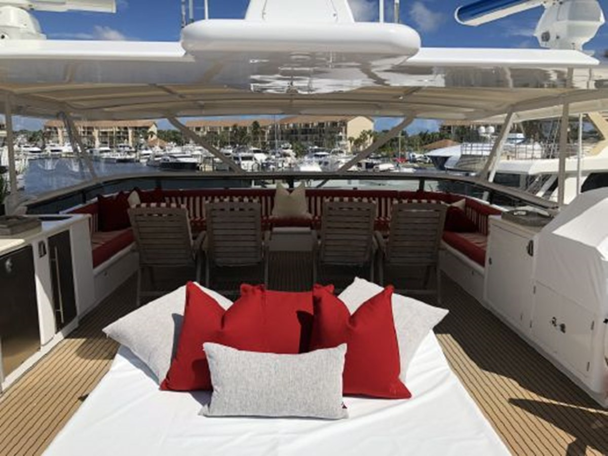 2004 SABRE YACHTS  Catamaran 2845934
