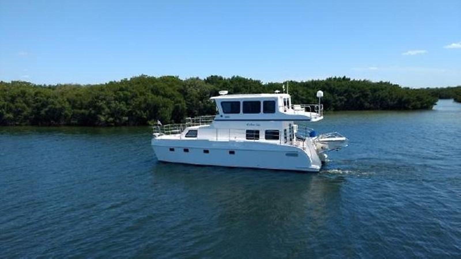 """2 2014 ENDEAVOUR """"40"""" power Cat Catamaran 2857647"""