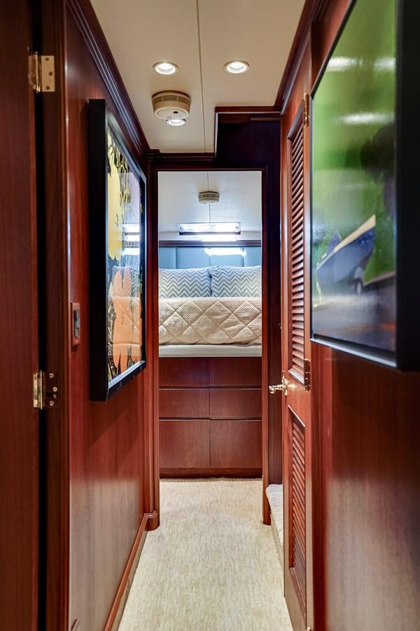 2011 85 Burger - Companionway 2001 BURGER 85 Motor Yacht Motor Yacht 2846430