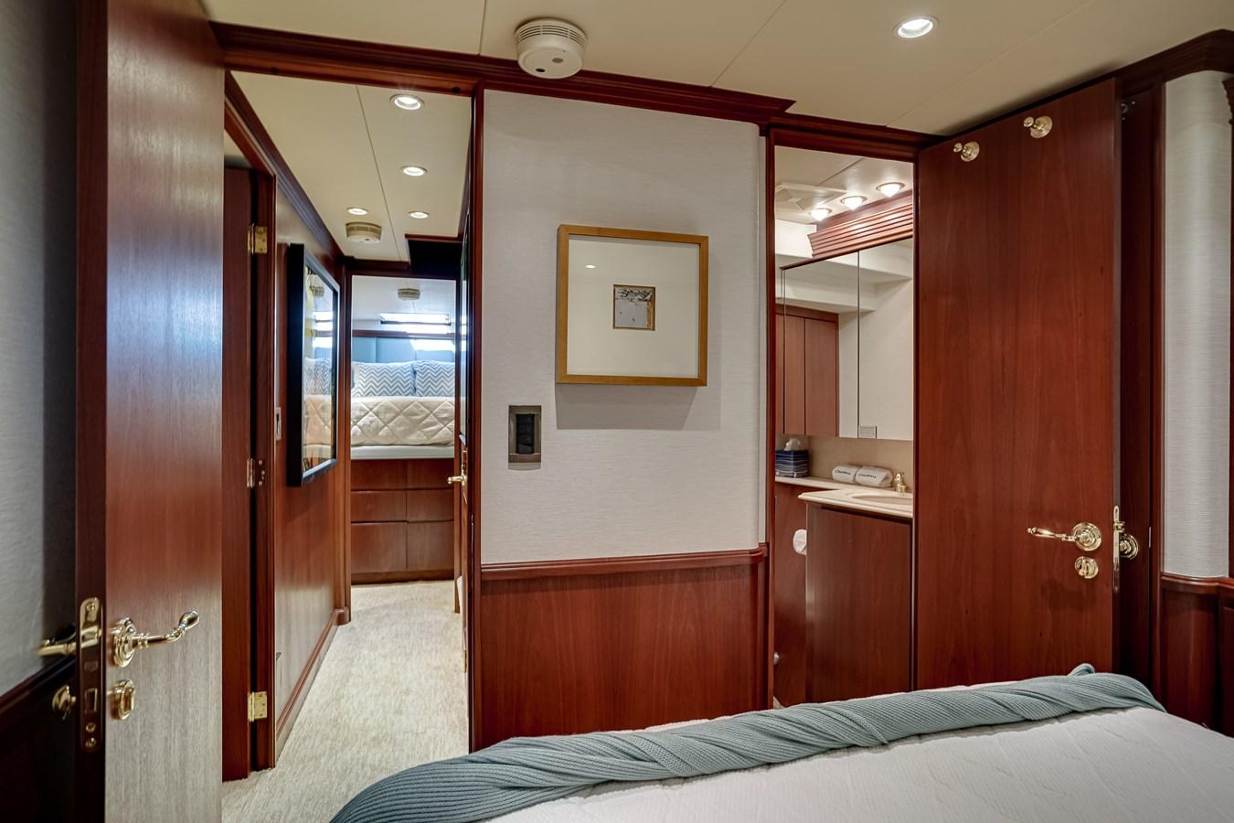 2011 85 Burger - VIP SR (3) 2001 BURGER 85 Motor Yacht Motor Yacht 2846444
