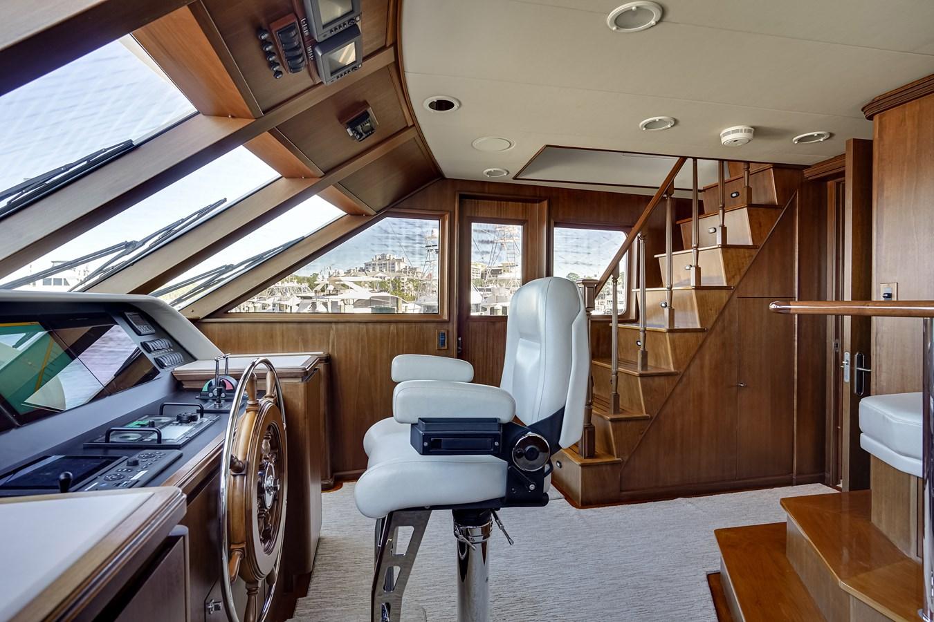 2011 85 Burger - Pilothouse (1) 2001 BURGER 85 Motor Yacht Motor Yacht 2847191