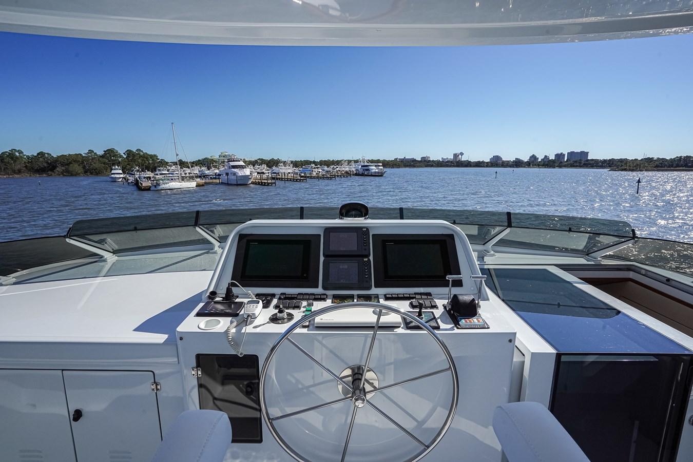 2011 85 Burger - Flybridge Helm (1) 2001 BURGER 85 Motor Yacht Motor Yacht 2847198