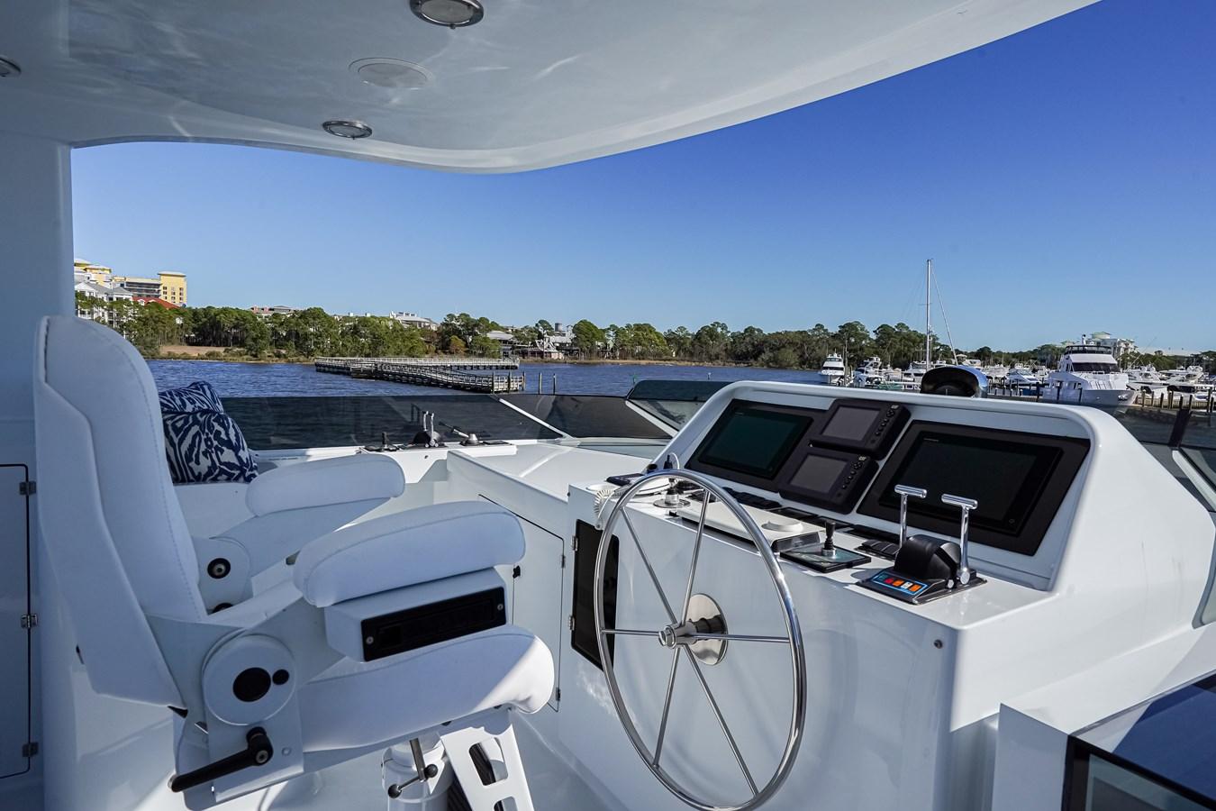 2011 85 Burger - Flybridge Helm (2) 2001 BURGER 85 Motor Yacht Motor Yacht 2847199
