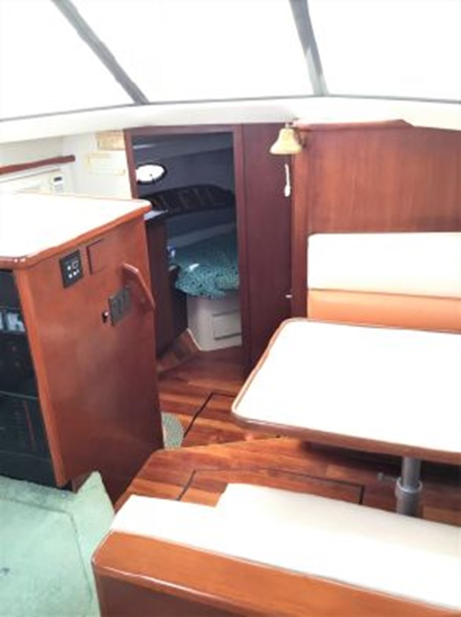 7364842_20200212142704982_1_XLARGE 1994 CARVER  Motor Yacht 2847166