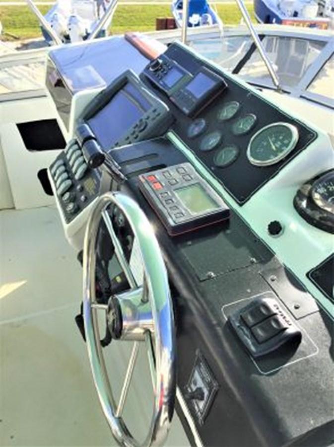 7364842_20200212143031763_1_XLARGE 1994 CARVER  Motor Yacht 2847176