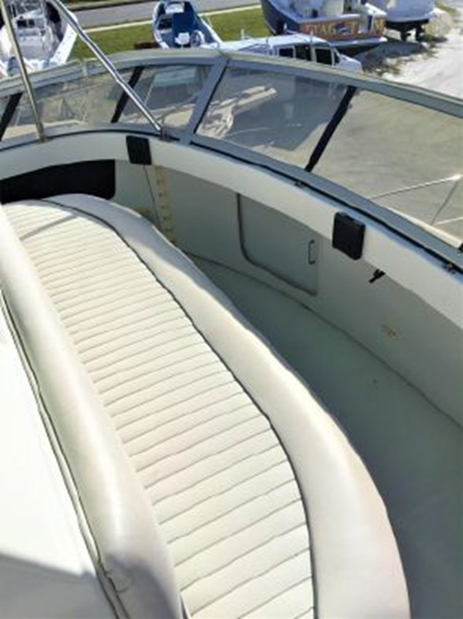 7364842_20200212143131115_1_XLARGE 1994 CARVER  Motor Yacht 2847177