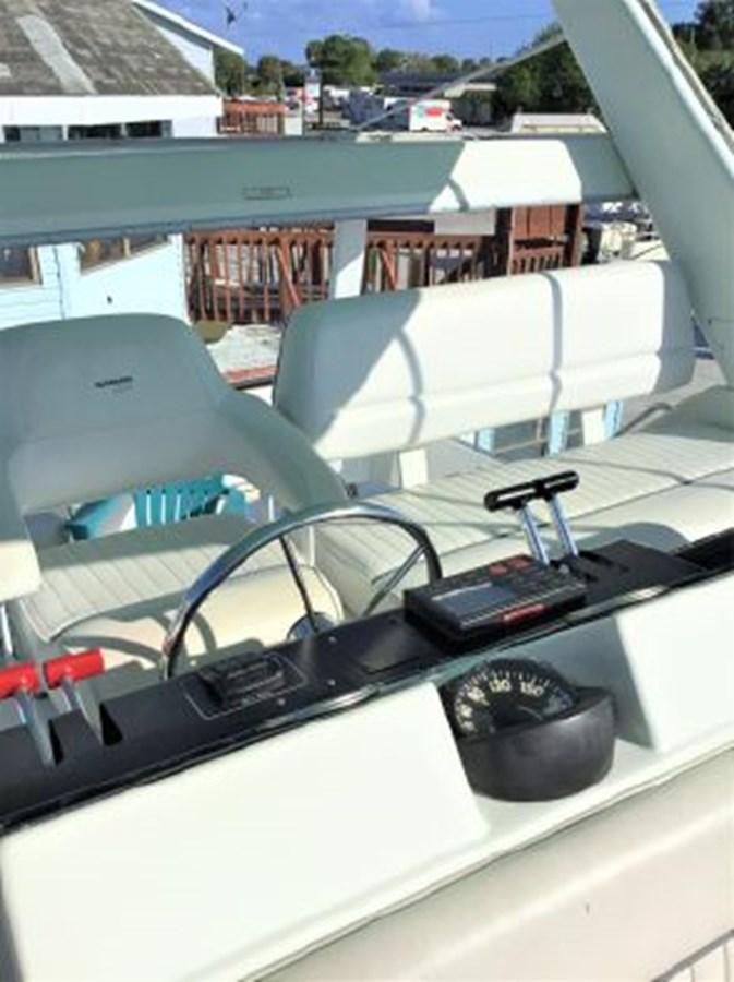 7364842_20200212143138311_1_XLARGE 1994 CARVER  Motor Yacht 2847178