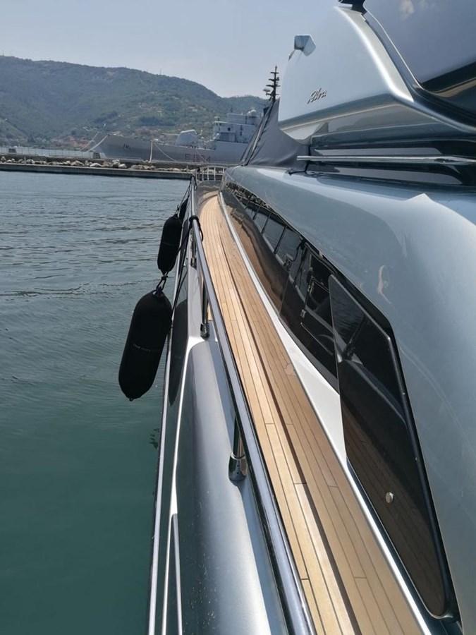 Riva Domino 88 (1) 2017 RIVAL YACHTS INC  Motor Yacht 2850634