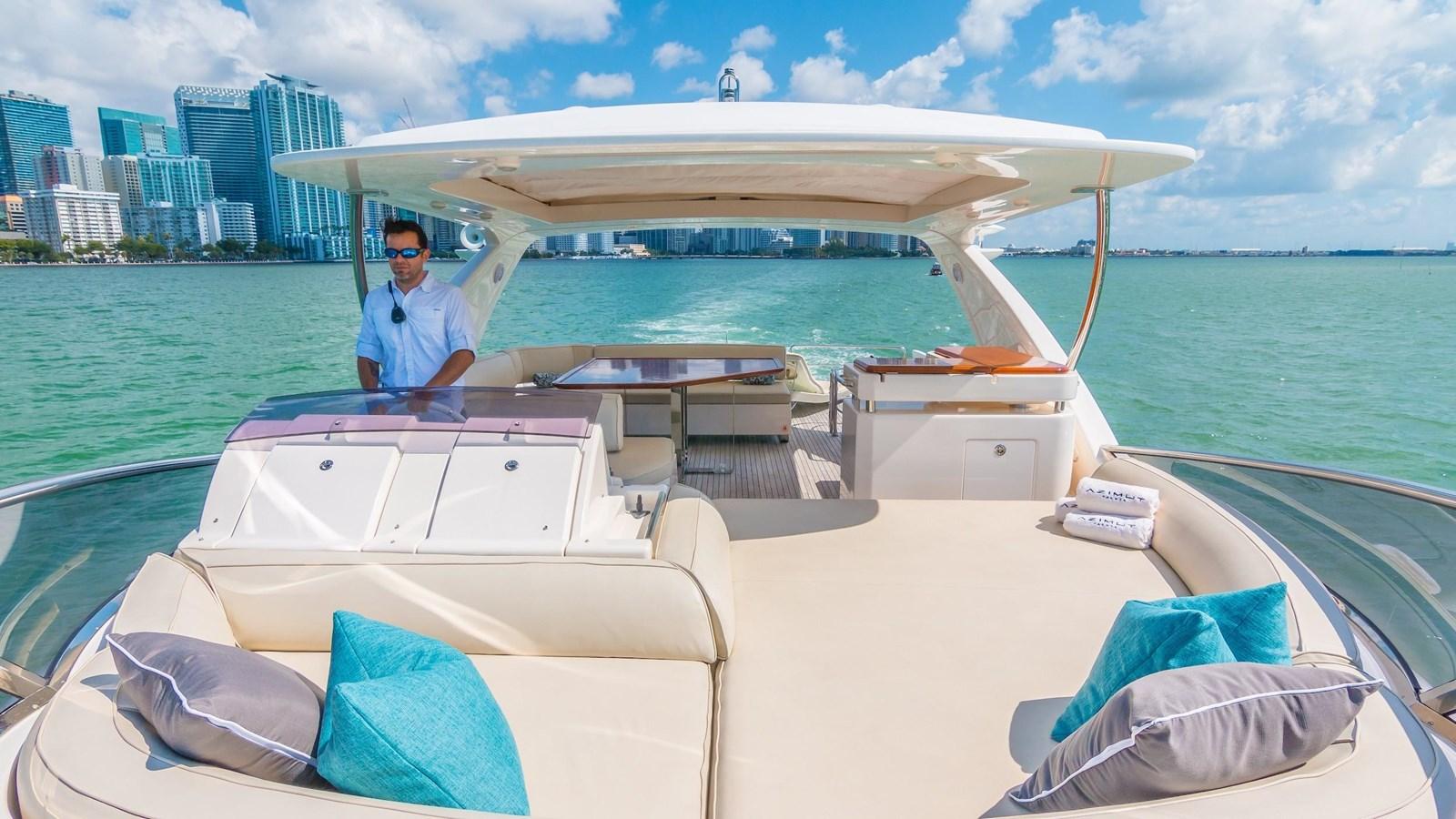 2011 AZIMUT 70 Flybridge Motor Yacht 2945280