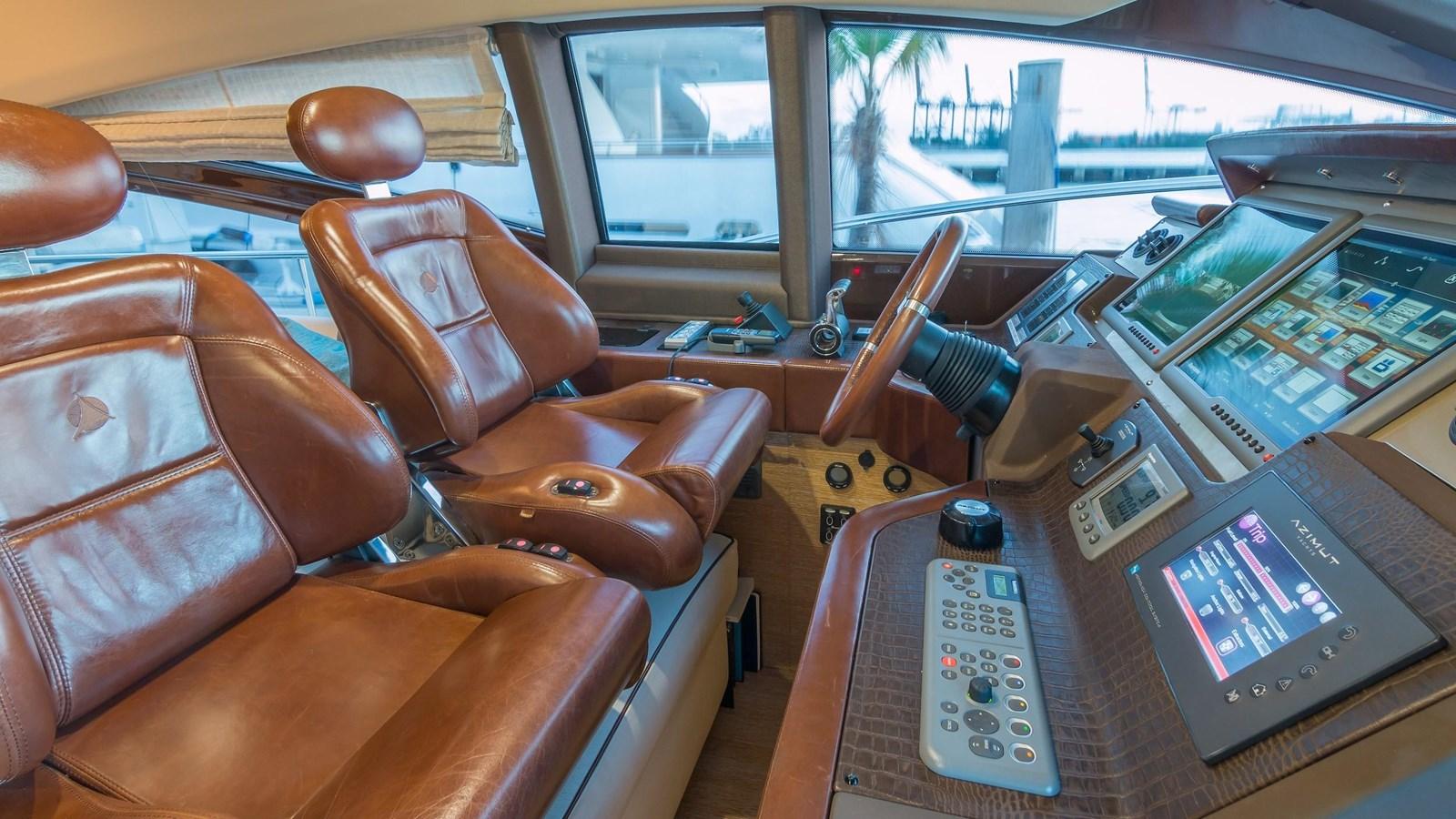 2011 AZIMUT 70 Flybridge Motor Yacht 2945286