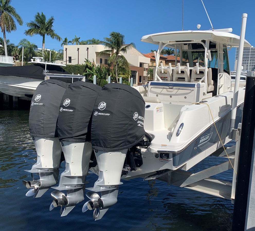 5_IMG_6149 2017 BOSTON WHALER 350 Outrage Center Console 2856346