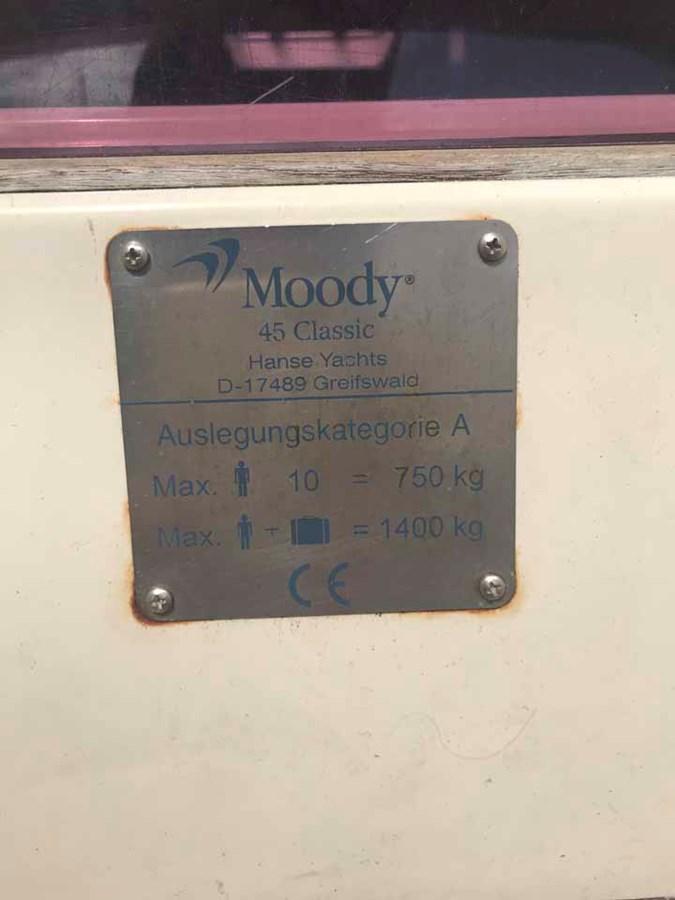 moody-45ac-40 2012 MOODY Moody 45AC Cruising Sailboat 2860653