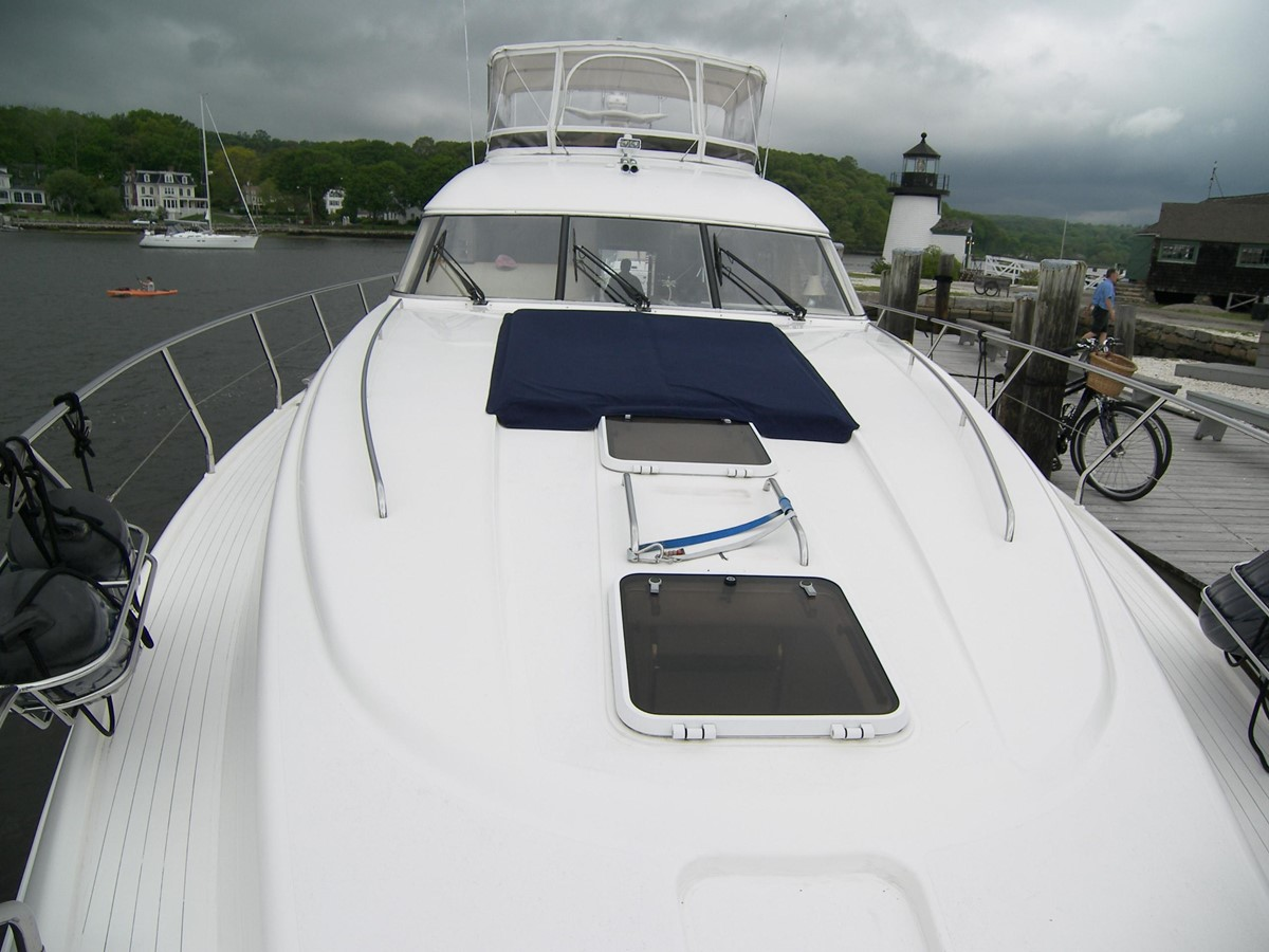 Crew Quarter Forward Hatch, 2-Bunks & Head 2001 VIKING SPORT CRUISERS 68 Motor Yacht  2862933