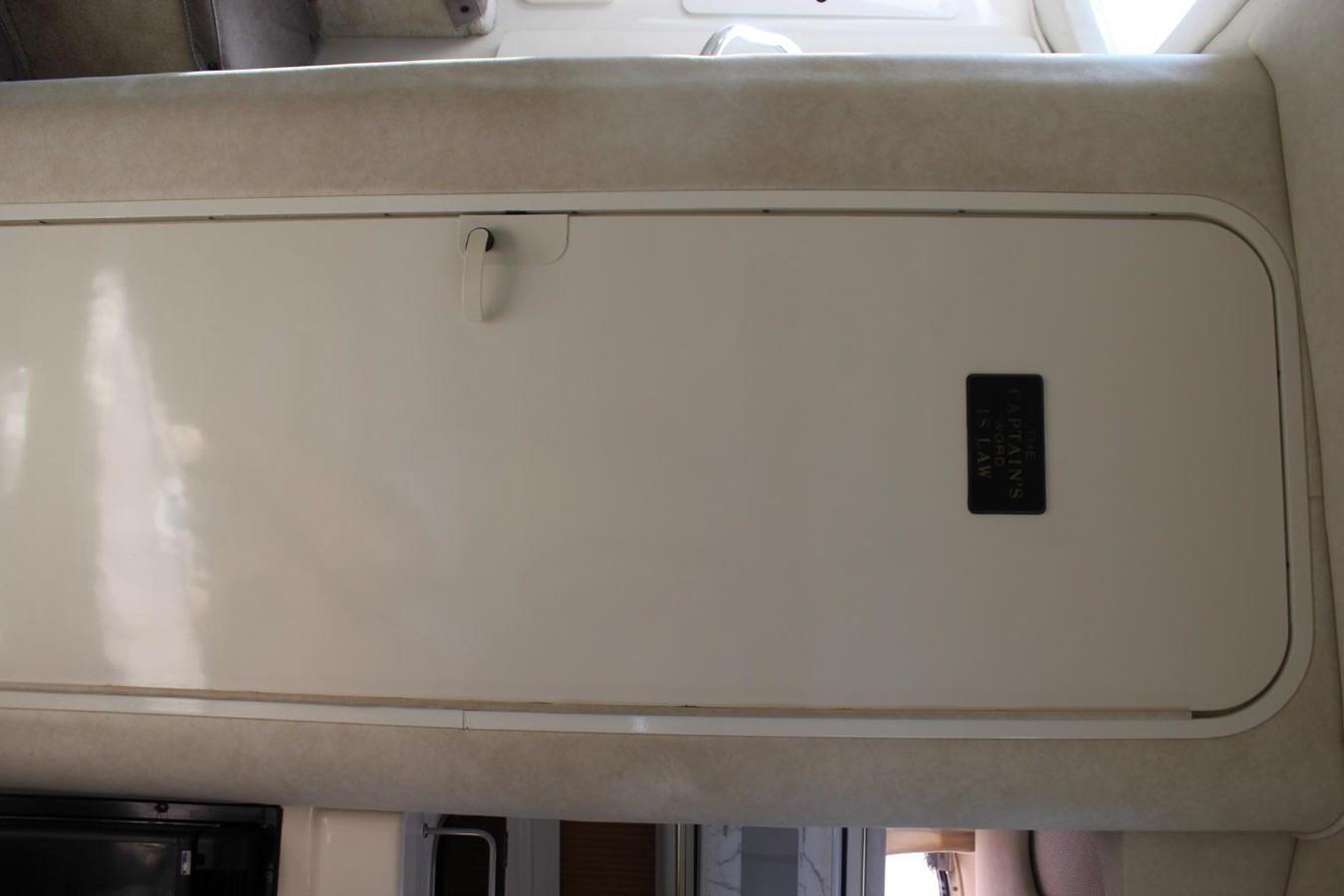 Head 1997 SEA RAY 290 Sundancer Cruiser 2864004