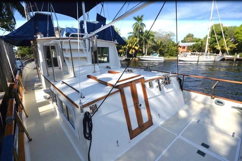 Port side, aft 1980 GRAND BANKS 42 Classic Trawler 2865673