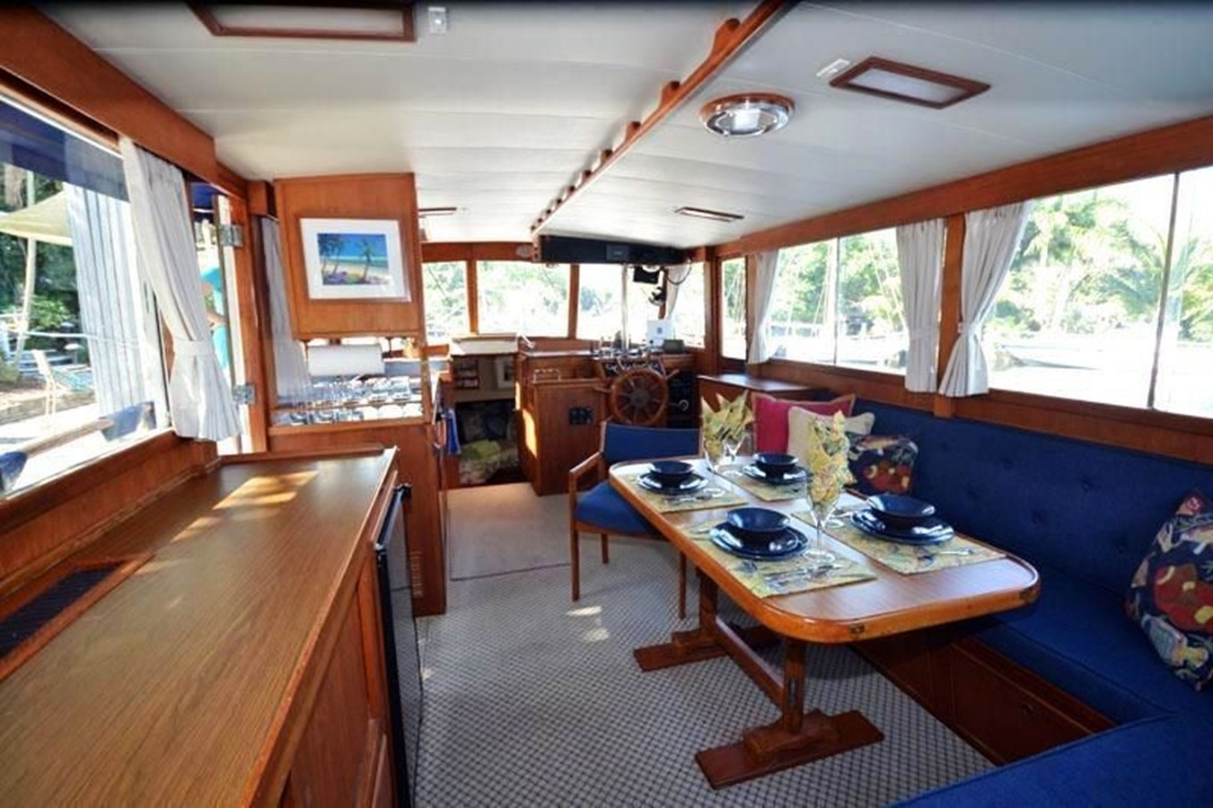 Salon, aft to Lower Helm Station 1980 GRAND BANKS 42 Classic Trawler 2865677