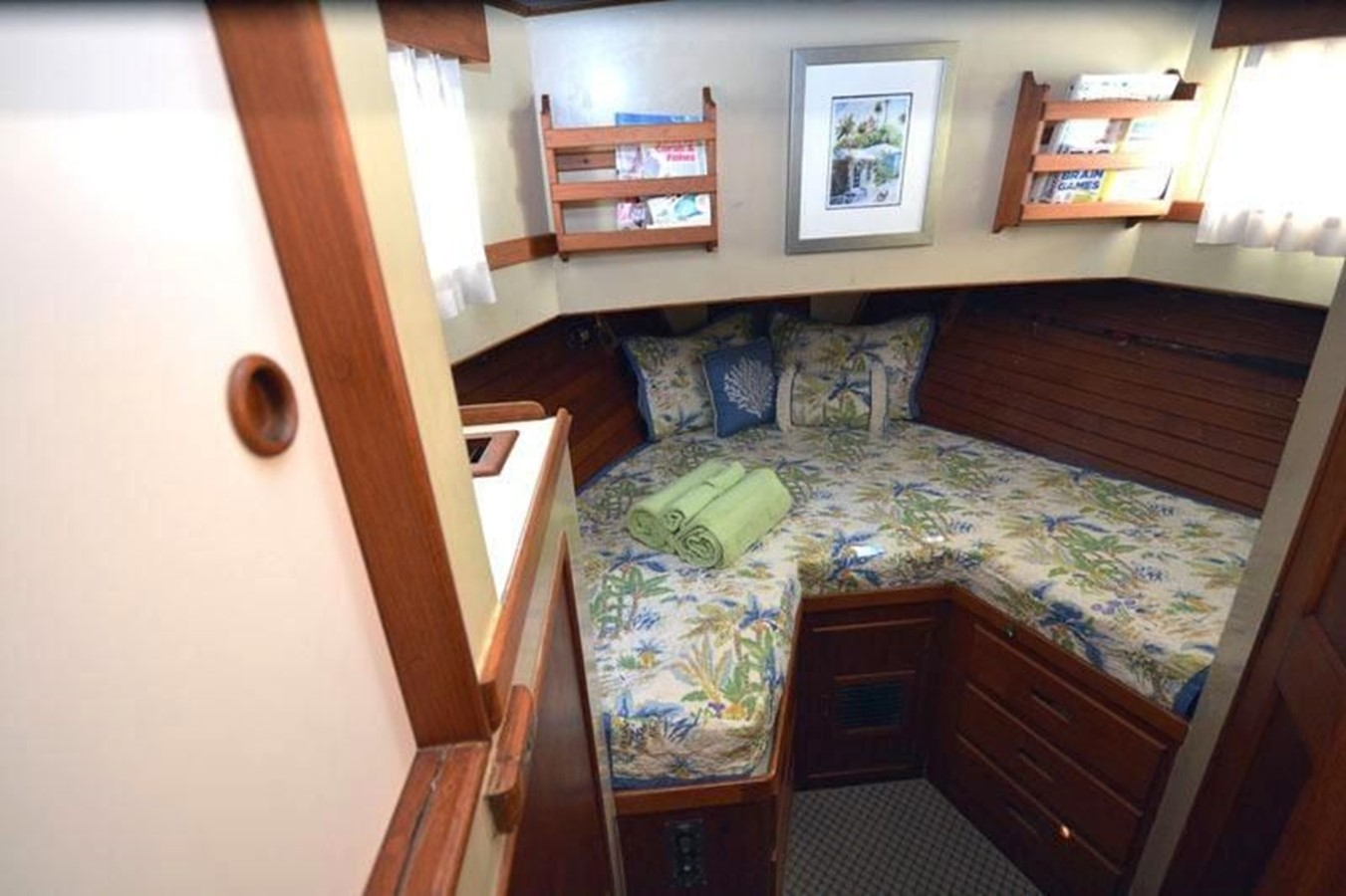 Fore Cabin 1980 GRAND BANKS 42 Classic Trawler 2865681
