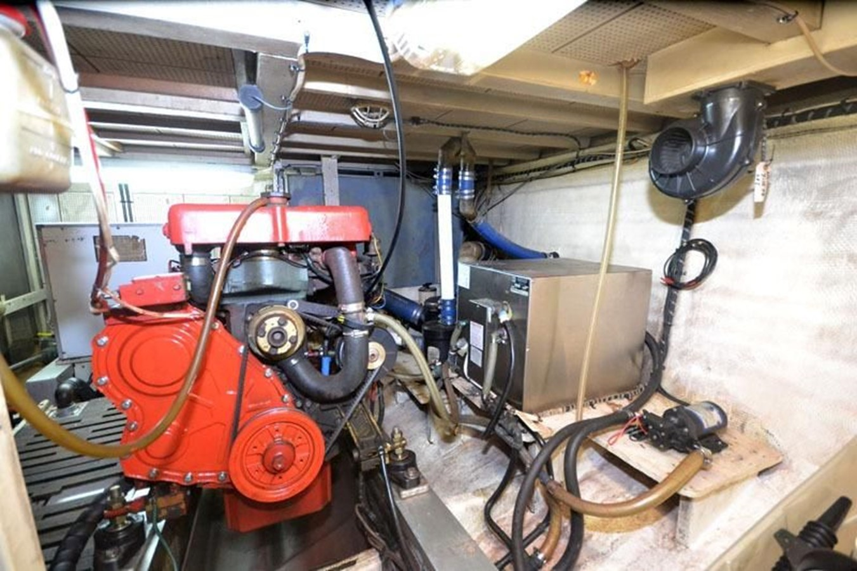 Engine Room, port side aft 1980 GRAND BANKS 42 Classic Trawler 2865693