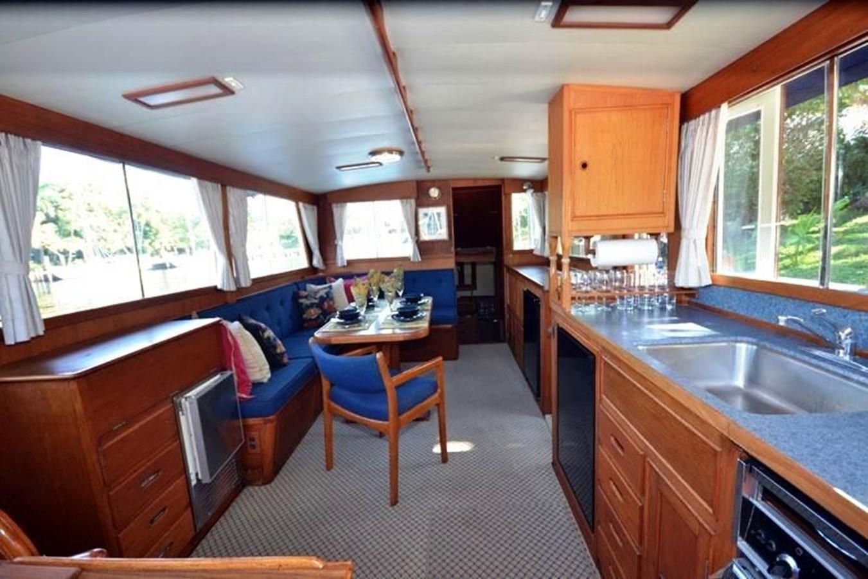 Salon, forward to Aft Cabin entrance 1980 GRAND BANKS 42 Classic Trawler 2865746