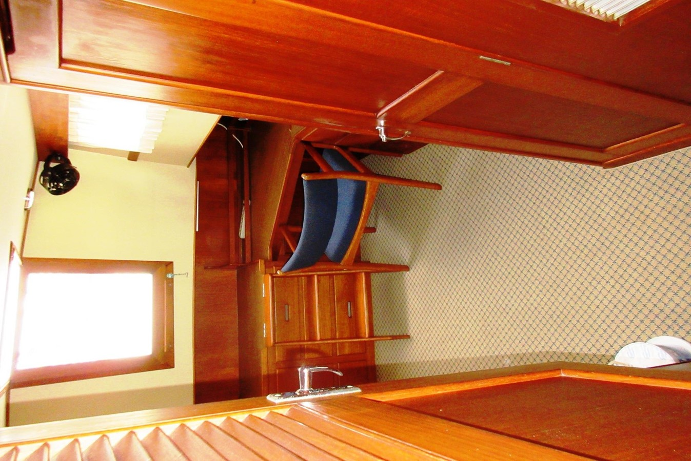 Aft Cabin entrance 1980 GRAND BANKS 42 Classic Trawler 2865748