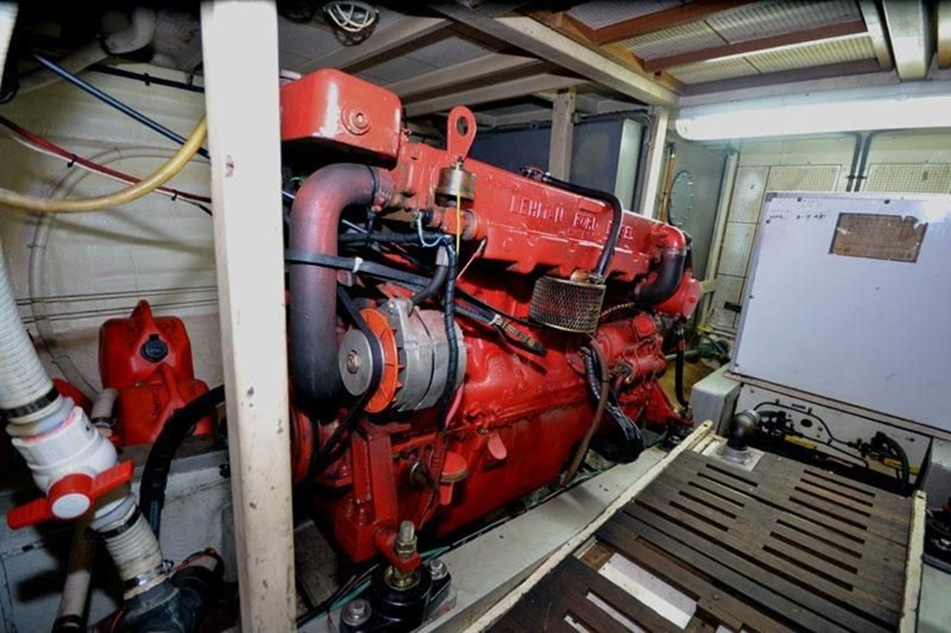 Engine Room, starboard side aft 1980 GRAND BANKS 42 Classic Trawler 2865749