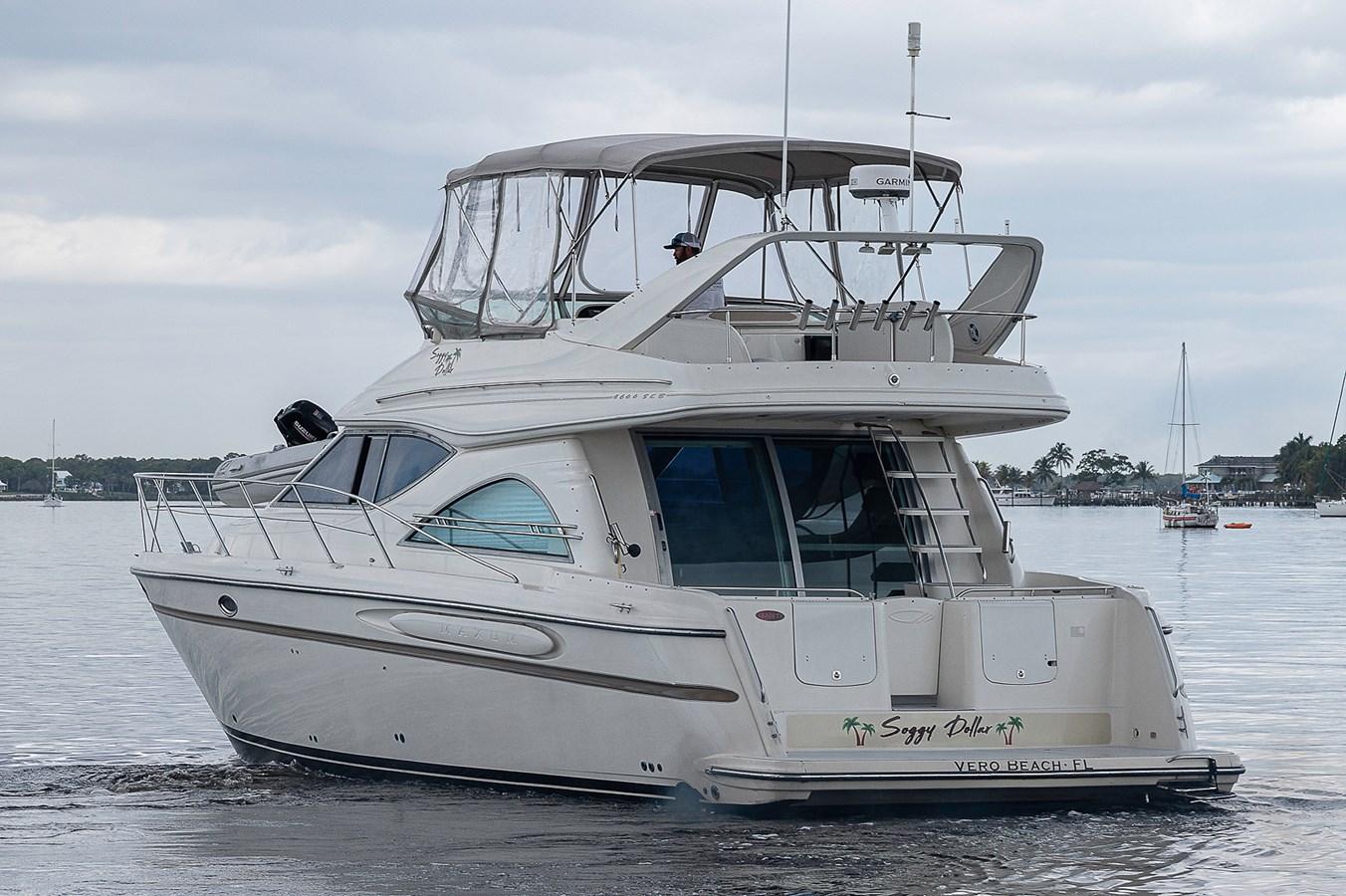 Aft Port Profile 1999 MAXUM 4600 SCB  Cruiser 2878698
