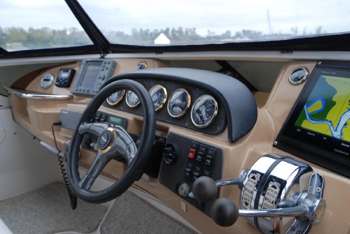 42 2001 CARVER 444 Cockpit Motor yacht Motor Yacht 2885818
