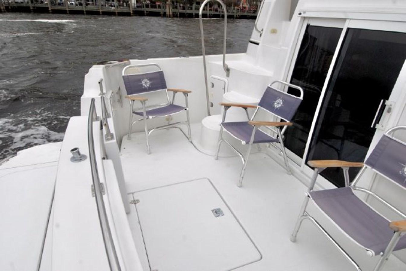 52 2001 CARVER 444 Cockpit Motor yacht Motor Yacht 2885828
