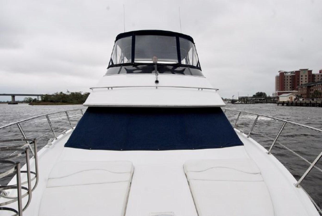57 2001 CARVER 444 Cockpit Motor yacht Motor Yacht 2885833