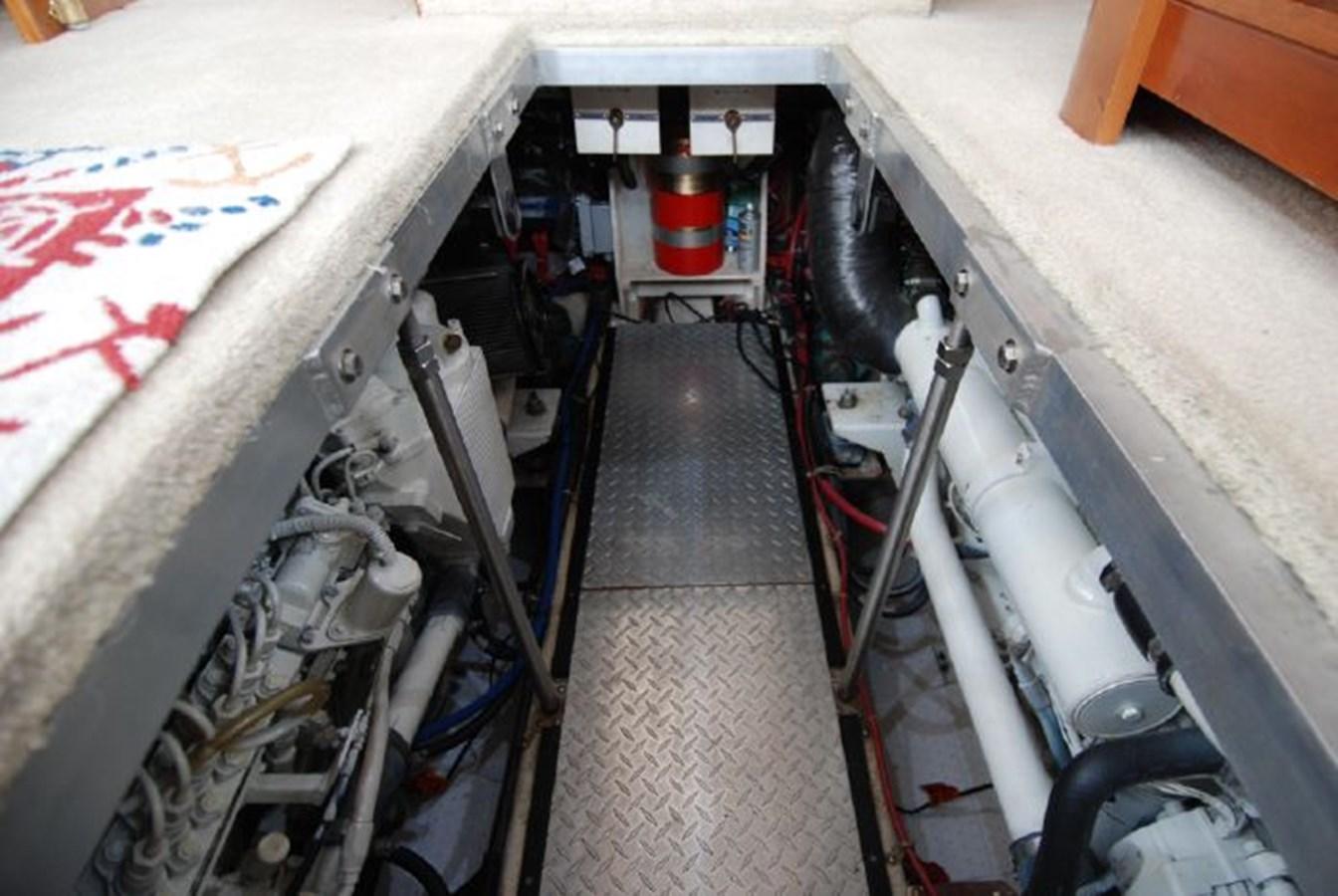 69 2001 CARVER 444 Cockpit Motor yacht Motor Yacht 2885845