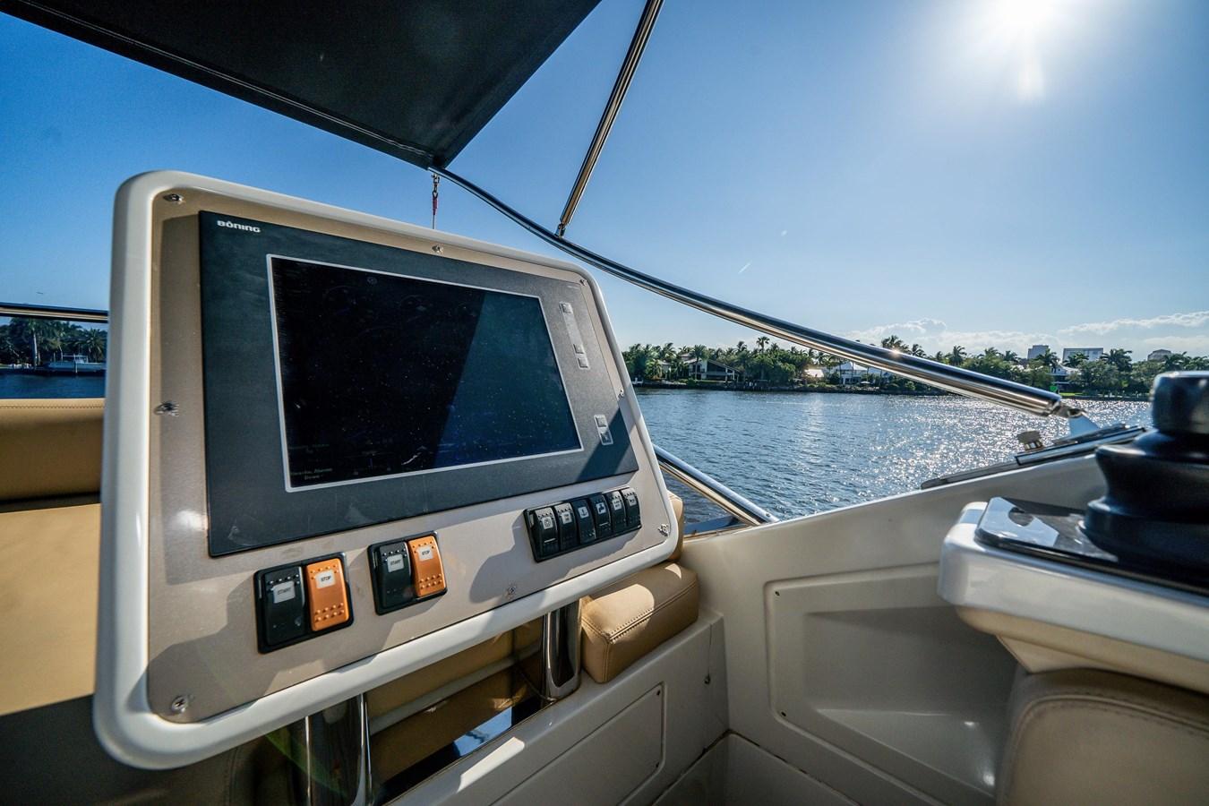 7043236_20190419110004834_1_XLARGE 2013 AZIMUT 72S Motor Yacht 2887491