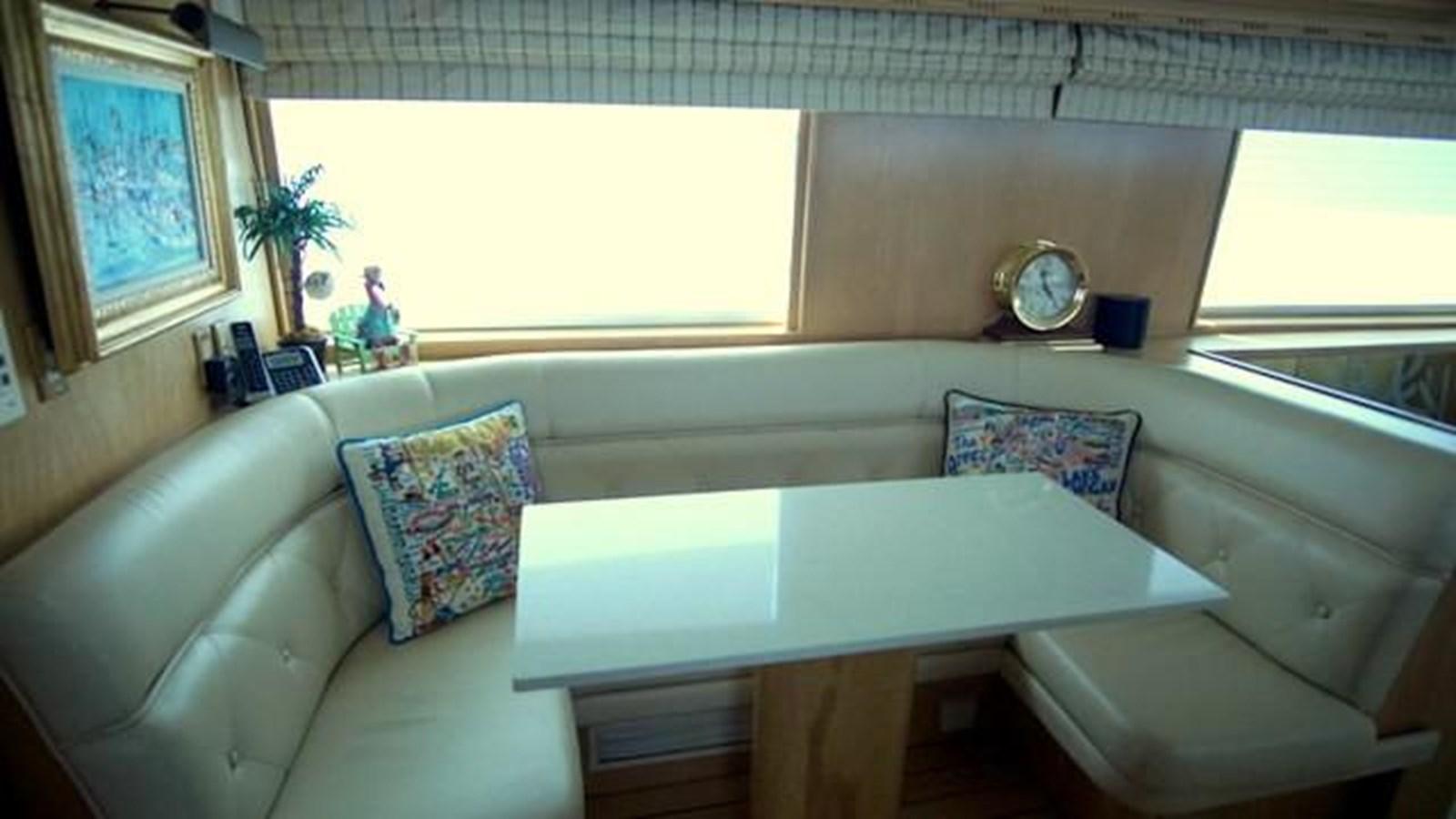 6 1997 HATTERAS Sport Deck Motor Yacht 2893854