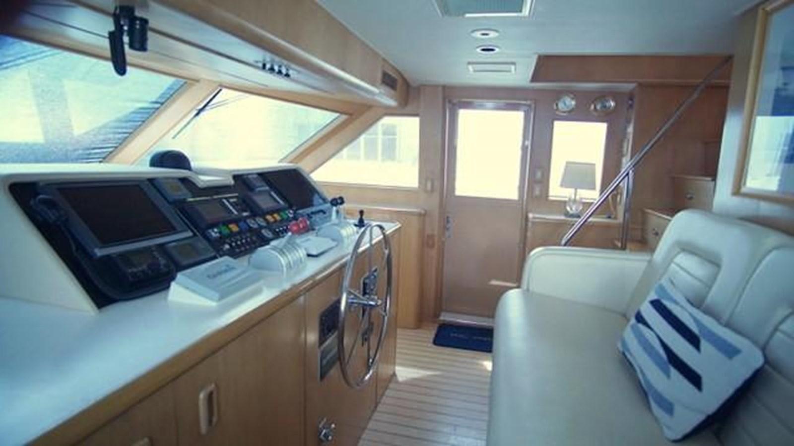 9 1997 HATTERAS Sport Deck Motor Yacht 2893857