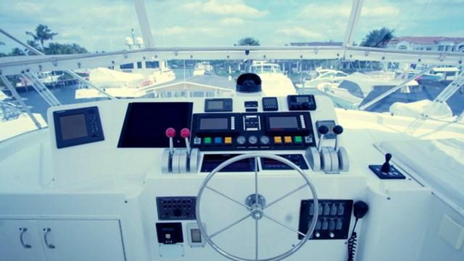 31 1997 HATTERAS Sport Deck Motor Yacht 2893879