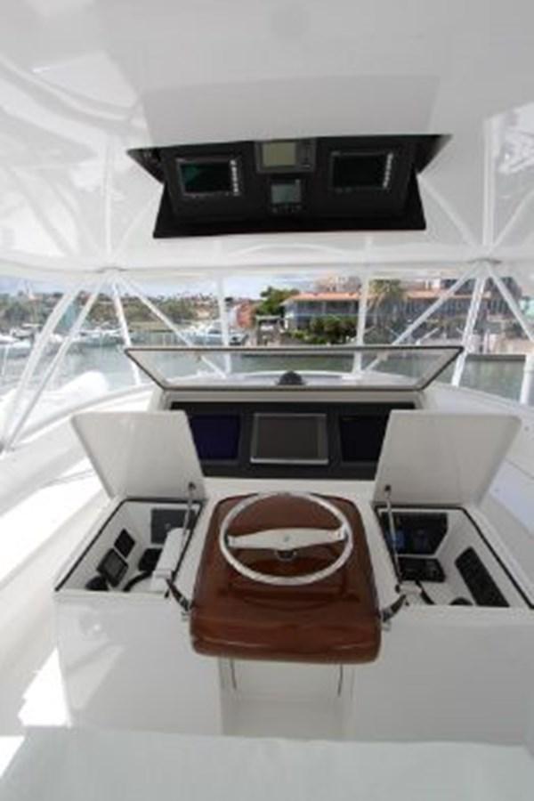 3693717_20180309043848345_1_XLARGE 2011 VIKING  Motor Yacht 2897348