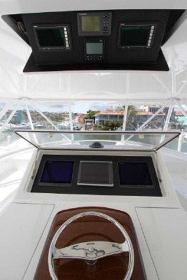 3693717_20180309043850355_1_XLARGE 2011 VIKING  Motor Yacht 2897349