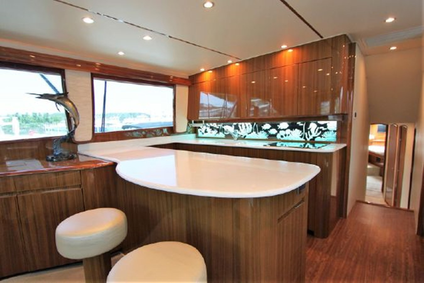 3693717_20180309044902960_1_XLARGE 2011 VIKING  Motor Yacht 2897368