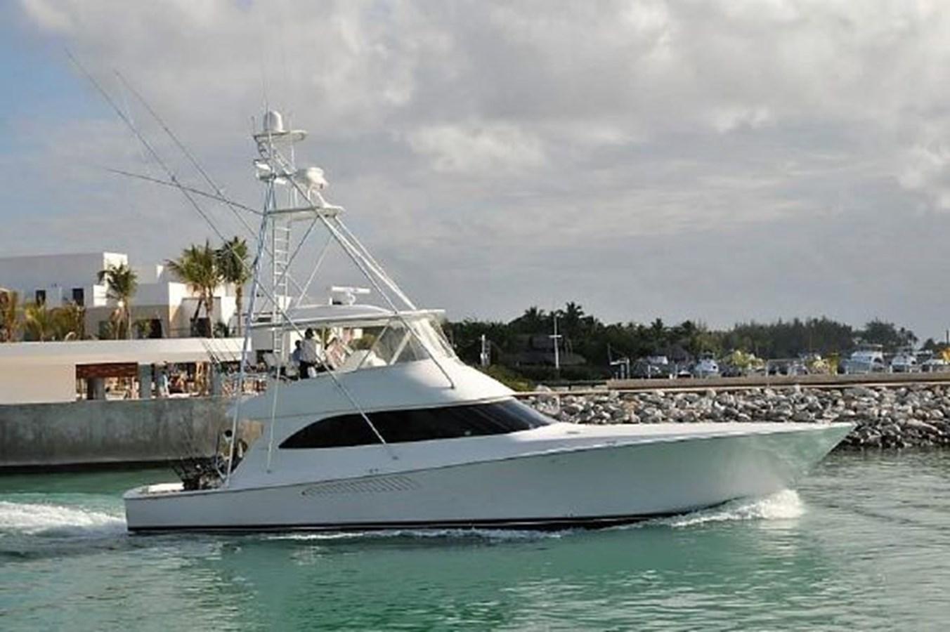 3693717_20180312152441859_1_XLARGE 2011 VIKING  Motor Yacht 2897374