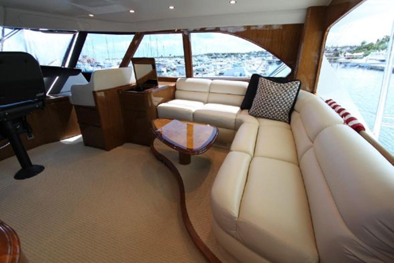5479666_20190321074857436_1_XLARGE 2011 VIKING  Motor Yacht 2897378