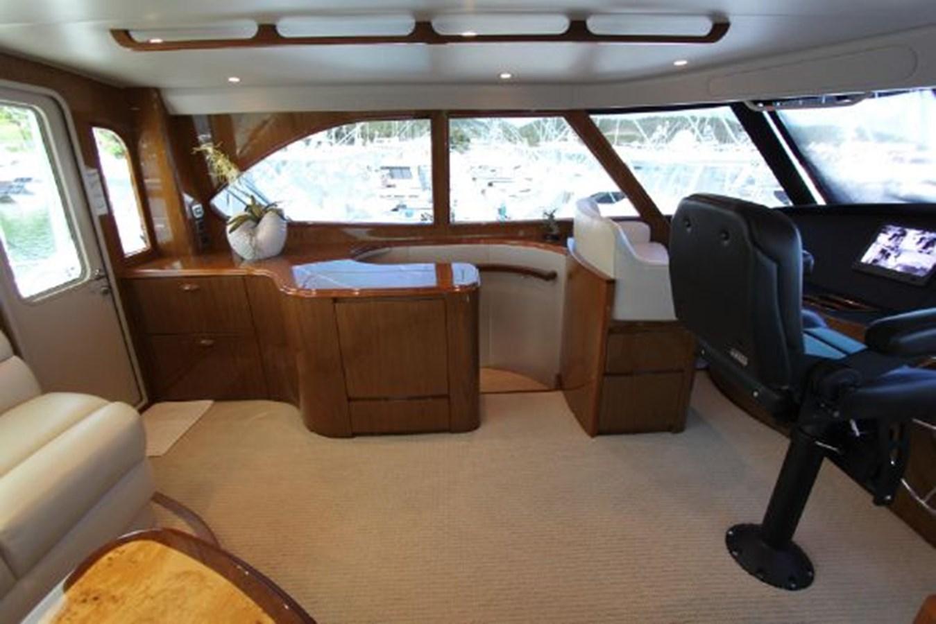 5479666_20190321074859742_1_XLARGE 2011 VIKING  Motor Yacht 2897379