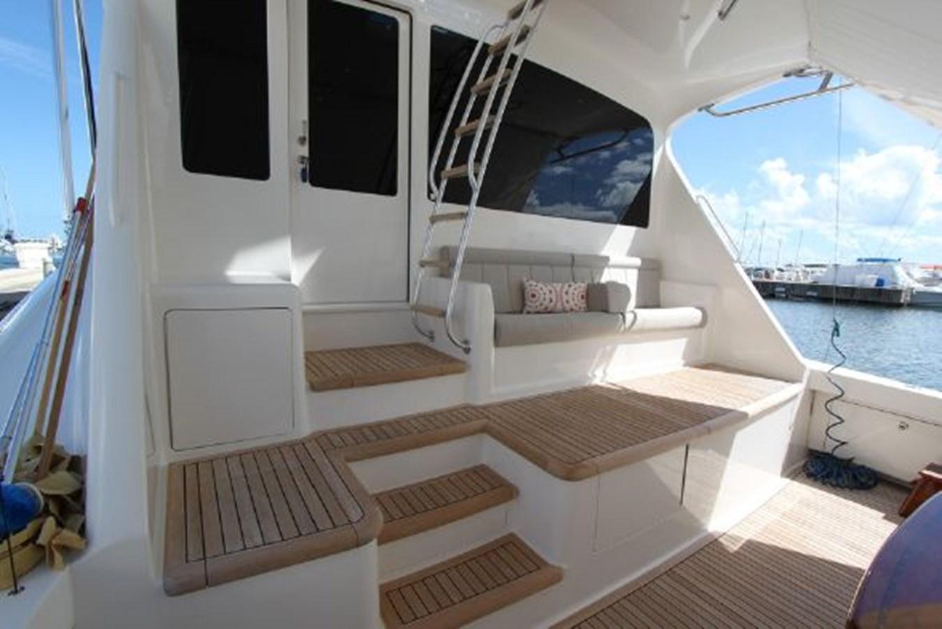 5479666_20190321074905481_1_XLARGE 2011 VIKING  Motor Yacht 2897382